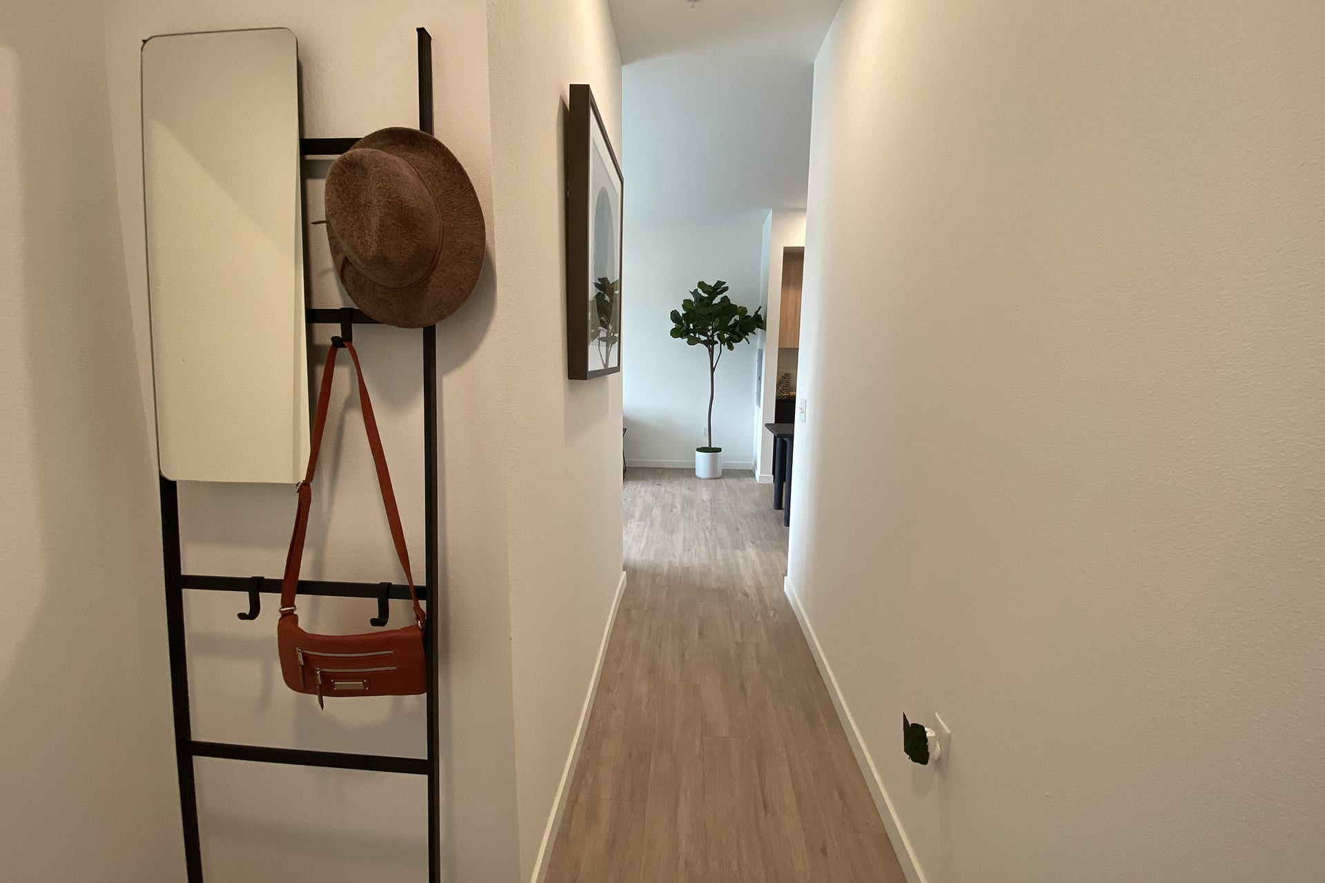 128_hallway2