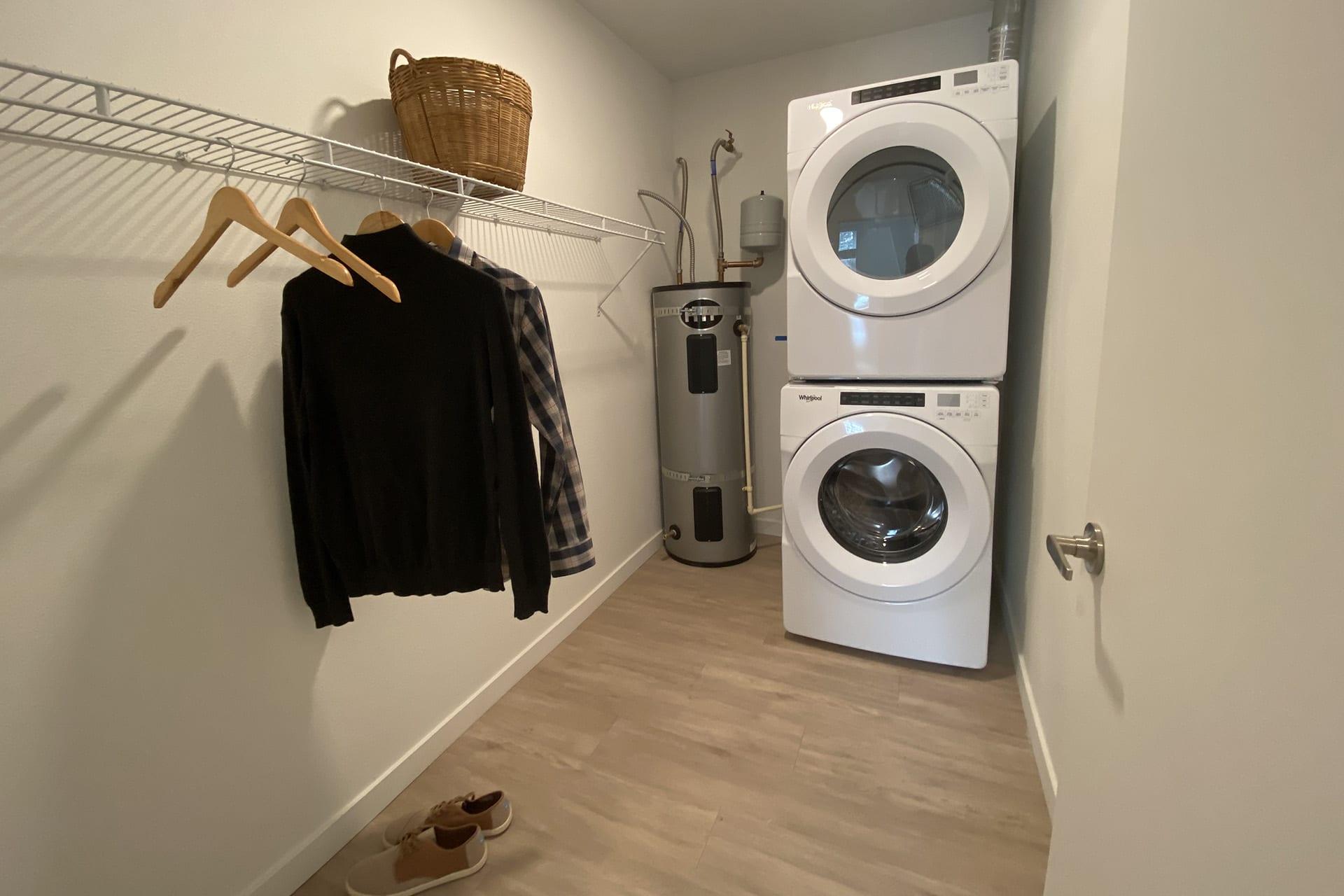 128_laundryroom