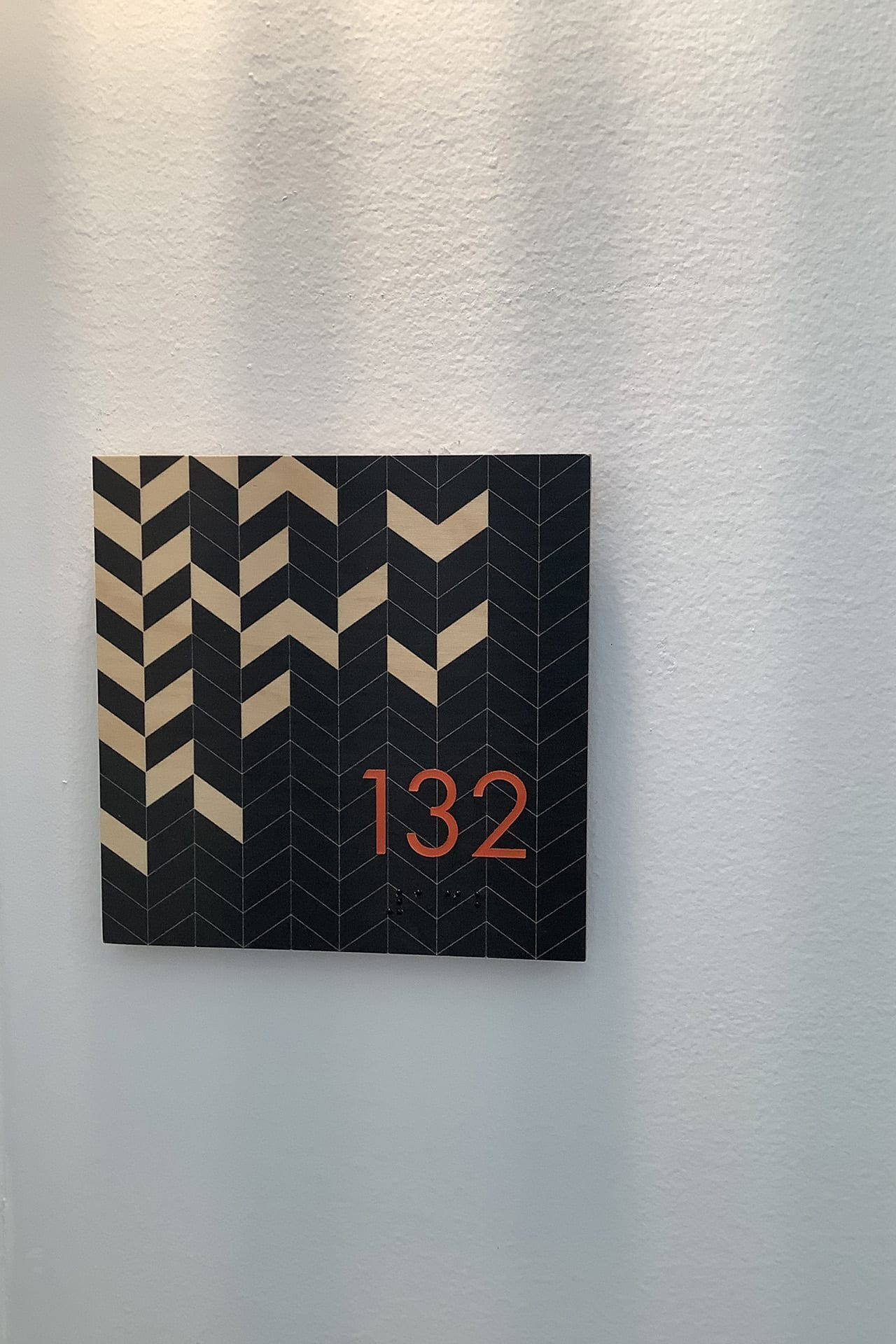 132_unit-number